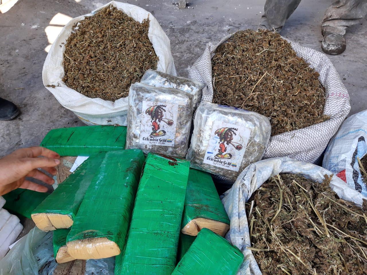 Polícia Civil incinera mais de 180kg de drogas apreendidas na região